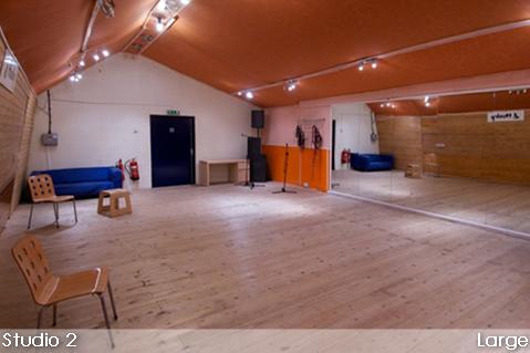 Studio 2 Large