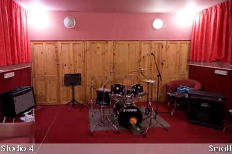 Studio 4 Small